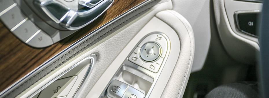 réglages des sièges et vitres avants Mercedes Classe C Berline