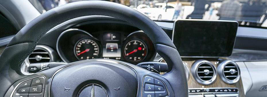 Volant multifonctions de la Mercedes Classe C Berline